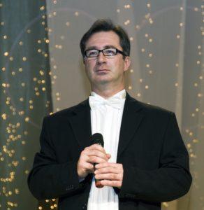 ораторские курсы в москве, тренировка громкости голоса, развитие дикции, тембр голоса, автор тренингов публичных выступлений